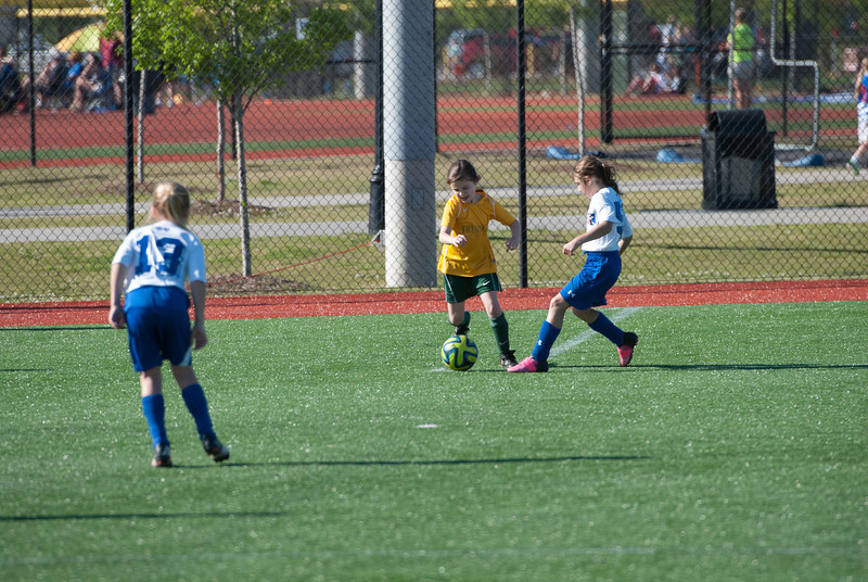 Game 2 vs SCUFC 05 Girls Blue